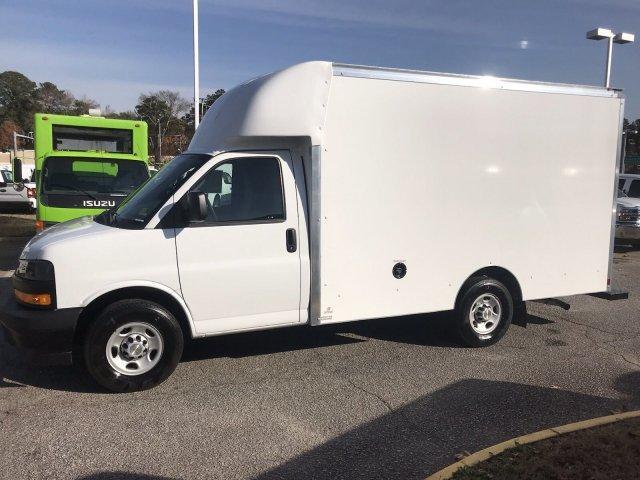 2018 Express 3500 4x2,  Supreme Cutaway Van #CN87242 - photo 5