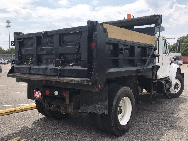 2001 International Truck 4x2, Dump Body #CN87675A - photo 1