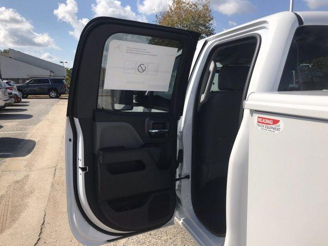 2019 Silverado 2500 Double Cab 4x2,  Reading SL Service Body #CN91185 - photo 39