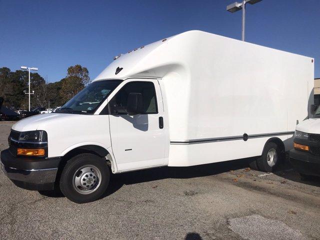 2019 Chevrolet Express 3500 4x2, Unicell Aerocell Cutaway Van #CN91276 - photo 5