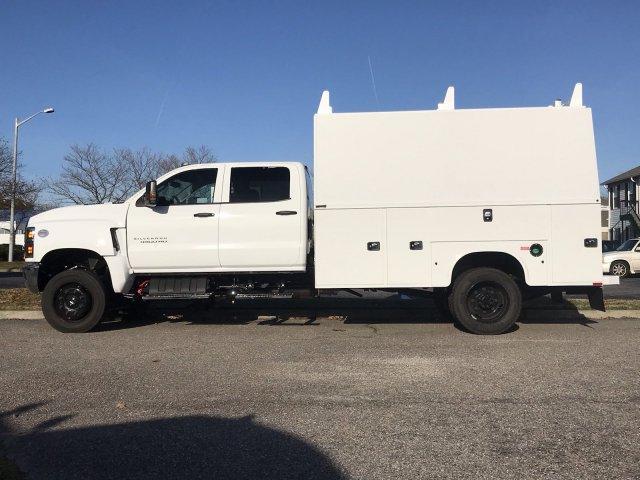 2019 Silverado Medium Duty Crew Cab DRW 4x4,  Cab Chassis #CN91282 - photo 5