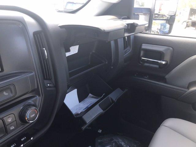 2019 Silverado 4500 Regular Cab DRW 4x4, Cab Chassis #CN91286 - photo 24