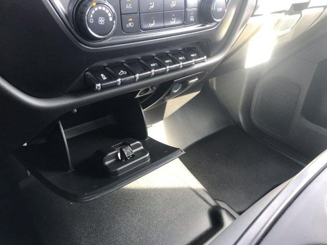 2019 Silverado 2500 Double Cab 4x2,  Reading SL Service Body #CN91291 - photo 36