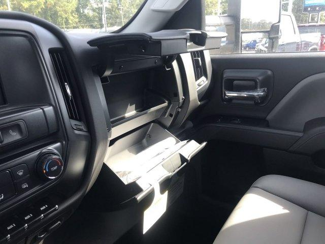 2019 Silverado 2500 Double Cab 4x2,  Reading SL Service Body #CN91291 - photo 39