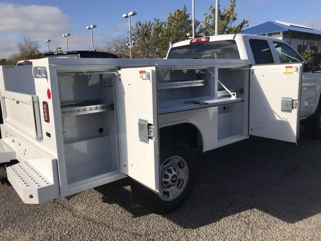 2019 Silverado 2500 Double Cab 4x2,  Reading SL Service Body #CN91374 - photo 17
