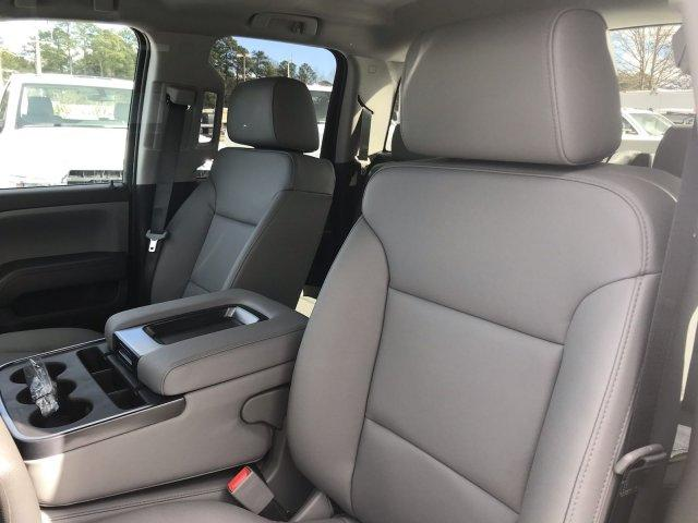 2019 Silverado 2500 Double Cab 4x2, Reading SL Service Body #CN92158 - photo 29