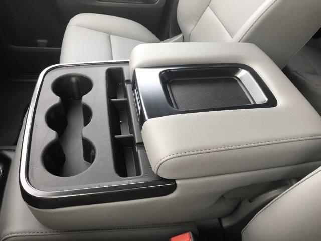 2019 Silverado 2500 Double Cab 4x4, Reading SL Service Body #CN92334 - photo 36