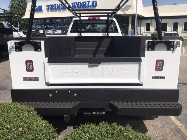 2019 Chevrolet Silverado 5500 Crew Cab DRW 4x2, Reading SL Service Body #CN92756 - photo 20