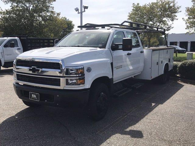 2019 Chevrolet Silverado 5500 Crew Cab DRW 4x2, Reading SL Service Body #CN92756 - photo 4