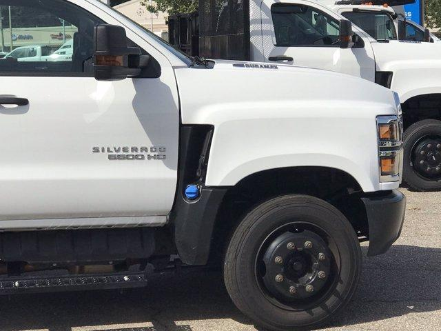 2019 Chevrolet Silverado 5500 Crew Cab DRW 4x2, Reading SL Service Body #CN92756 - photo 9