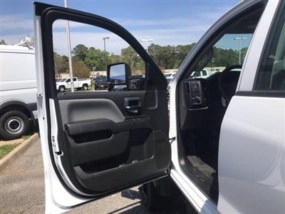 2019 Chevrolet Silverado 5500 Crew Cab DRW 4x2, Reading SL Service Body #CN92756 - photo 28