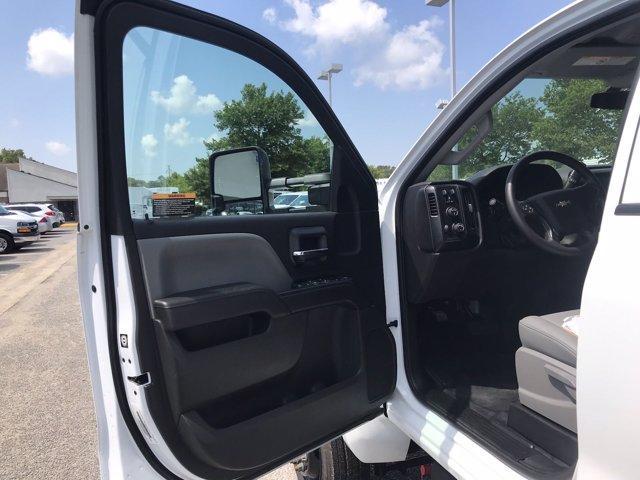 2019 Chevrolet Silverado Medium Duty Crew Cab DRW 4x4, Johnie Gregory Truck Bodies, Inc. Landscape Dump #CN93317 - photo 21