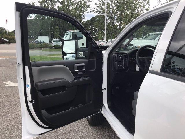 2019 Chevrolet Silverado 2500 Double Cab RWD, Reading SL Service Body #CN93327 - photo 26