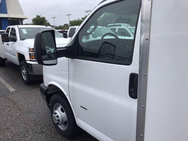 2019 Chevrolet Express 3500 RWD, Bay Bridge Sheet and Post Cutaway Van #CN93460 - photo 18