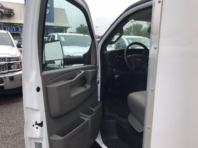 2019 Chevrolet Express 3500 RWD, Bay Bridge Sheet and Post Cutaway Van #CN93460 - photo 19
