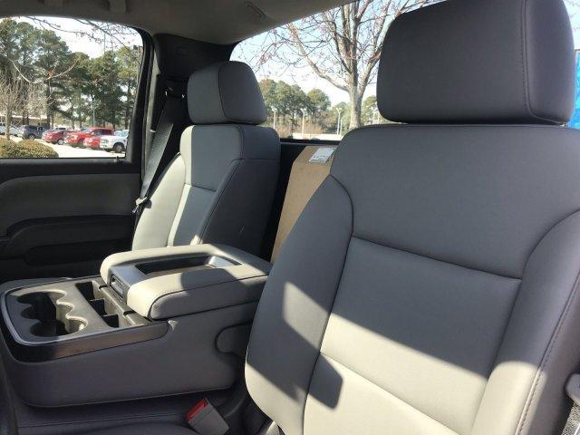 2019 Silverado Medium Duty 4x2,  Cab Chassis #CN98170 - photo 21