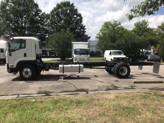 2019 LCF 6500XD Regular Cab 4x2,  Cab Chassis #CN98473 - photo 5