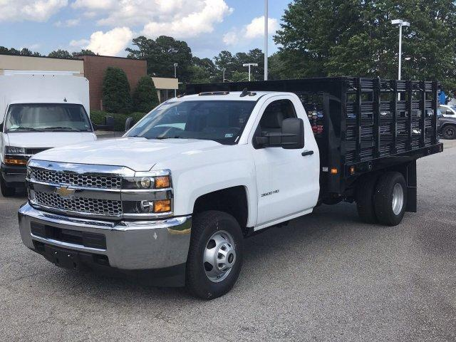 2019 Silverado 3500 Regular Cab DRW 4x2,  Knapheide Value-Master X Platform Body #CN98499 - photo 4