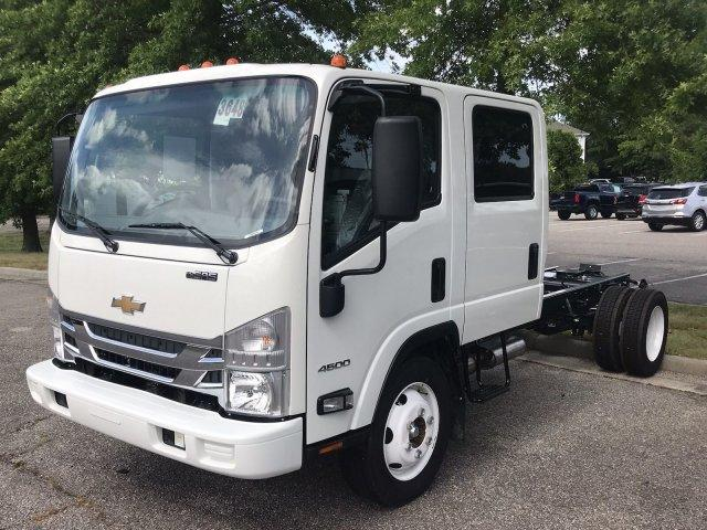 2019 LCF 4500 Crew Cab 4x2,  Cab Chassis #CN98564 - photo 4