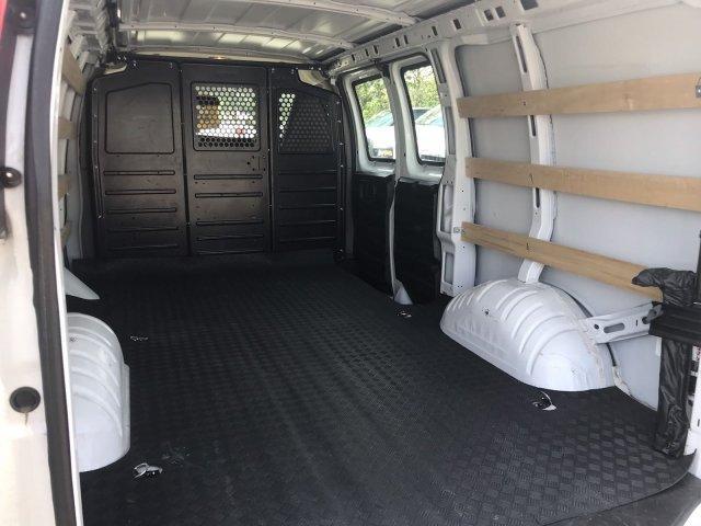 2019 Savana 2500 4x2, Empty Cargo Van #CU16001P - photo 2