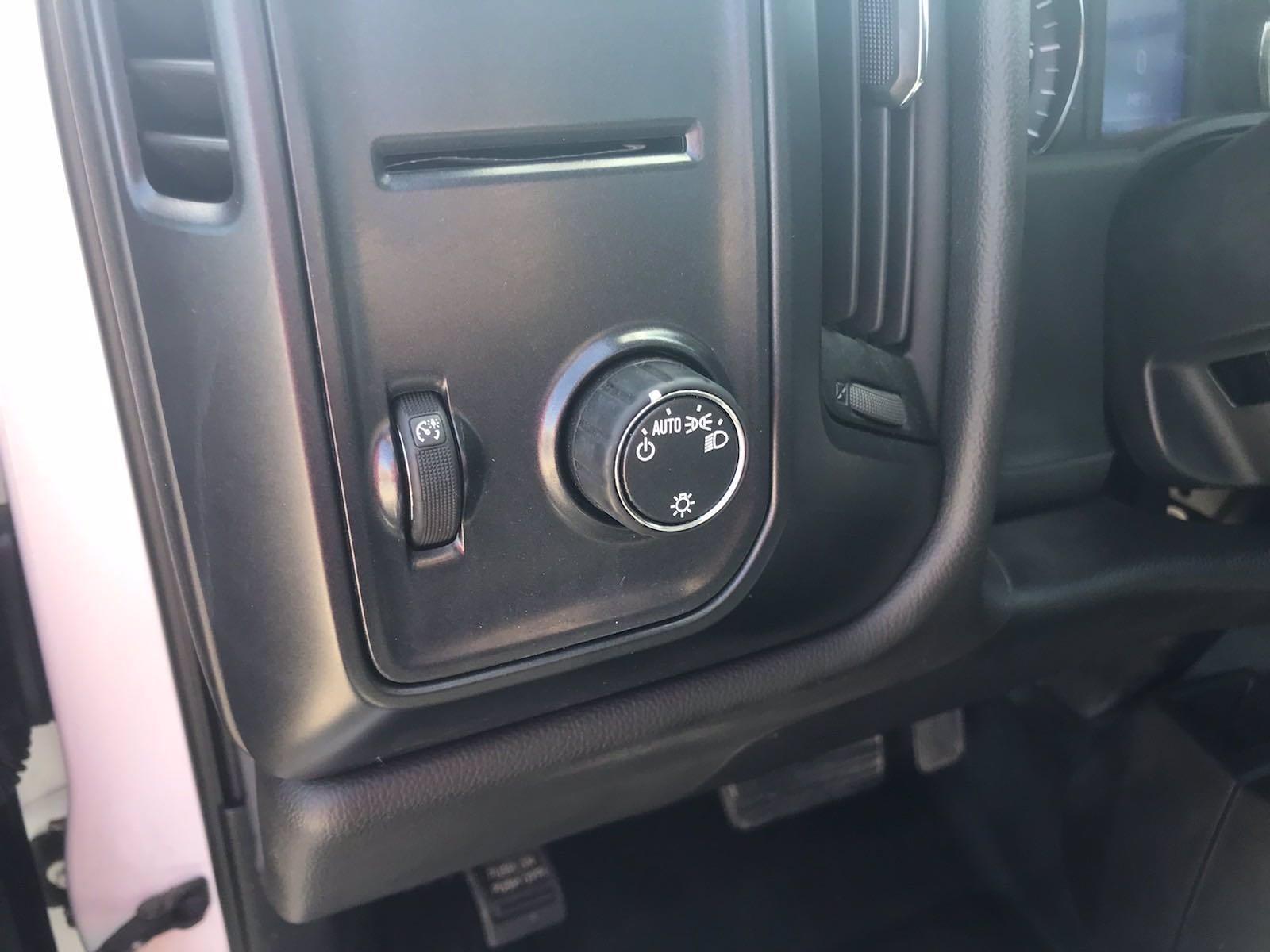 2019 Chevrolet Silverado 1500 Double Cab 4x4, Pickup #F216964A - photo 22