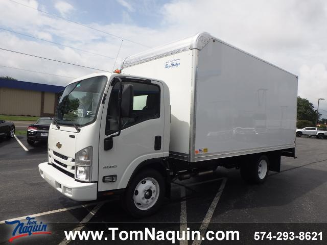2018 LCF 4500 Regular Cab,  Bay Bridge Sheet and Post Dry Freight #T8683 - photo 1