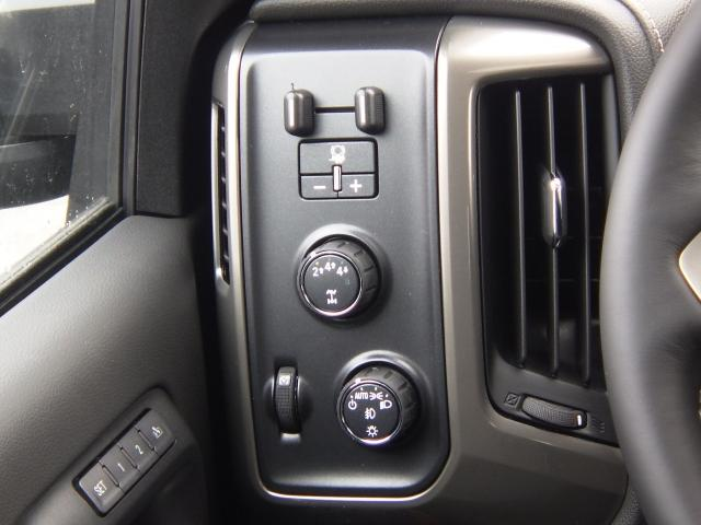 2019 Silverado 3500 Crew Cab 4x4,  Pickup #T8814 - photo 10