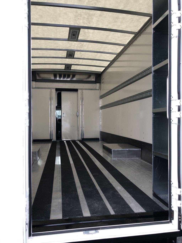 2017 Savana 4500 4x2, Supreme Iner-City Cutaway Van #20967T - photo 5