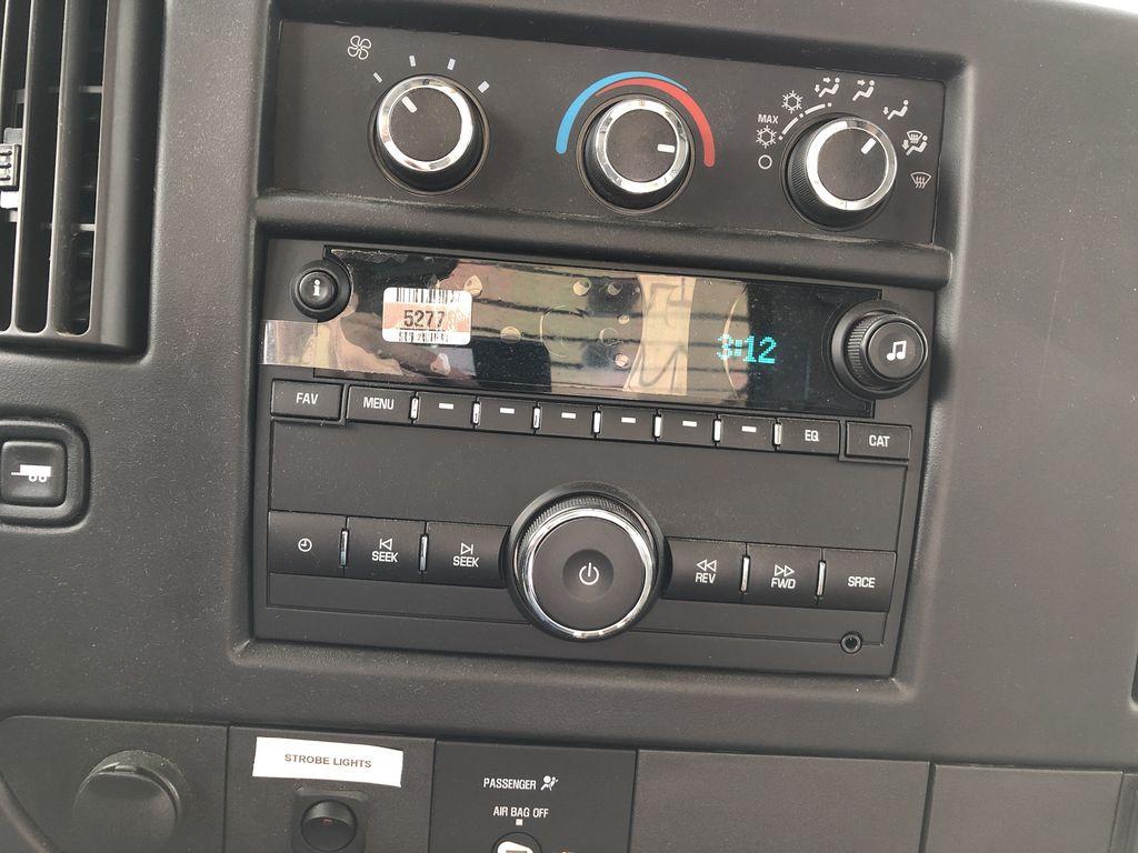 2017 Savana 4500 4x2,  Supreme Iner-City Cutaway Van #20967T - photo 9