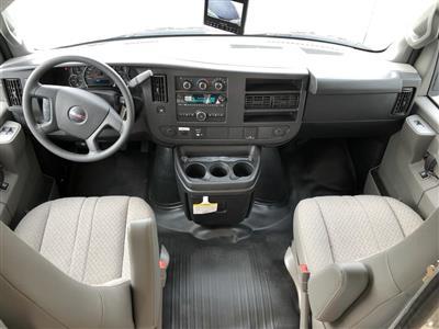 2017 Savana 4500 4x2, Supreme Iner-City Cutaway Van #20967T - photo 6