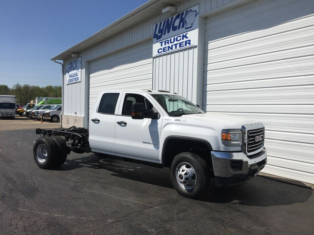 2018 Sierra 3500 Extended Cab 4x4,  Cab Chassis #21484T - photo 12