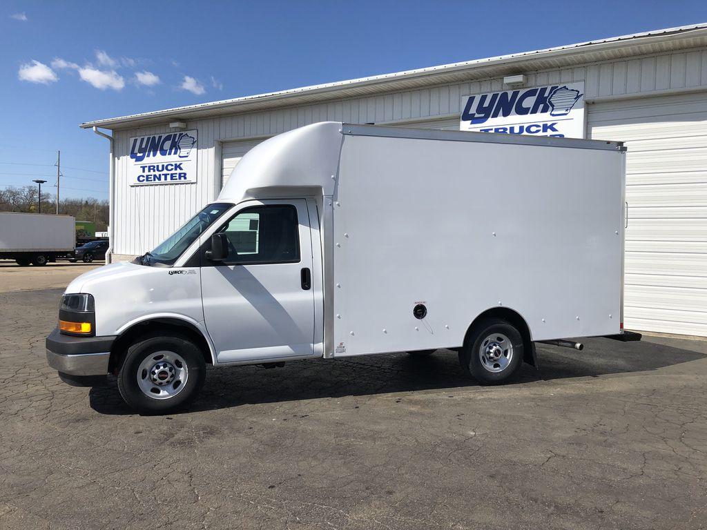 2018 Savana 3500 4x2, Supreme Spartan Cargo Cutaway Van #22139T - photo 3