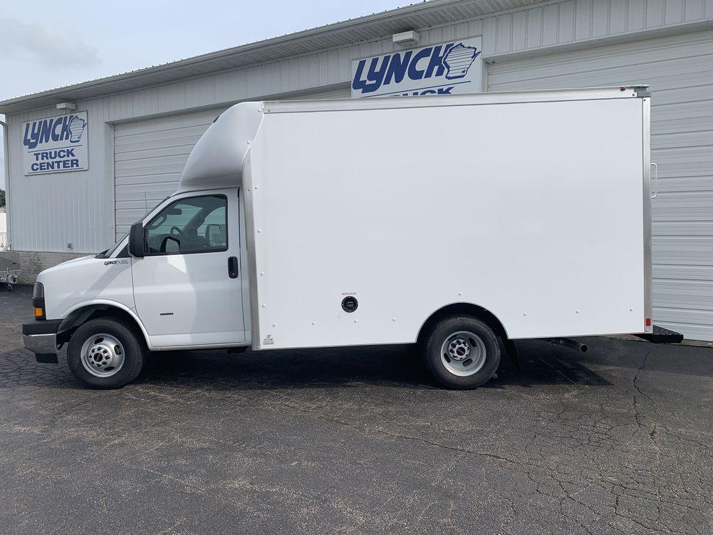 2019 Savana 3500 4x2, Supreme Spartan Cargo Cutaway Van #22453T - photo 4