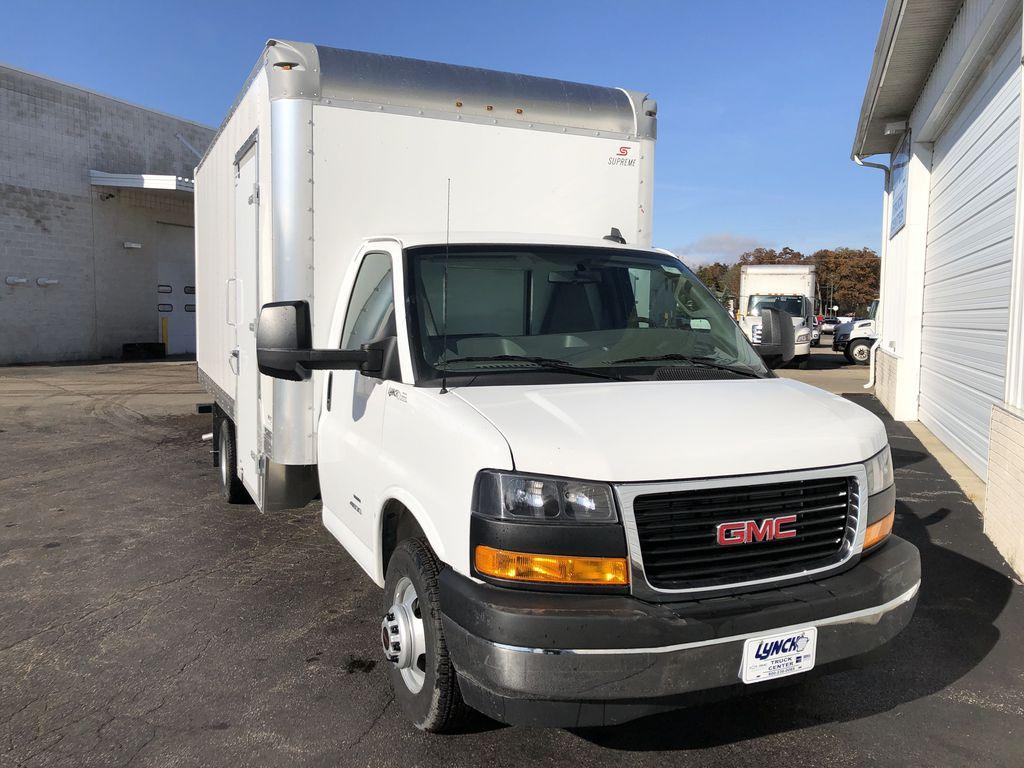 2019 Savana 4500 4x2, Supreme Iner-City Cutaway Van #22477T - photo 10