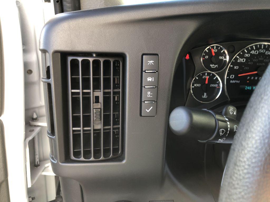 2019 Savana 4500 4x2, Supreme Iner-City Cutaway Van #22478T - photo 7