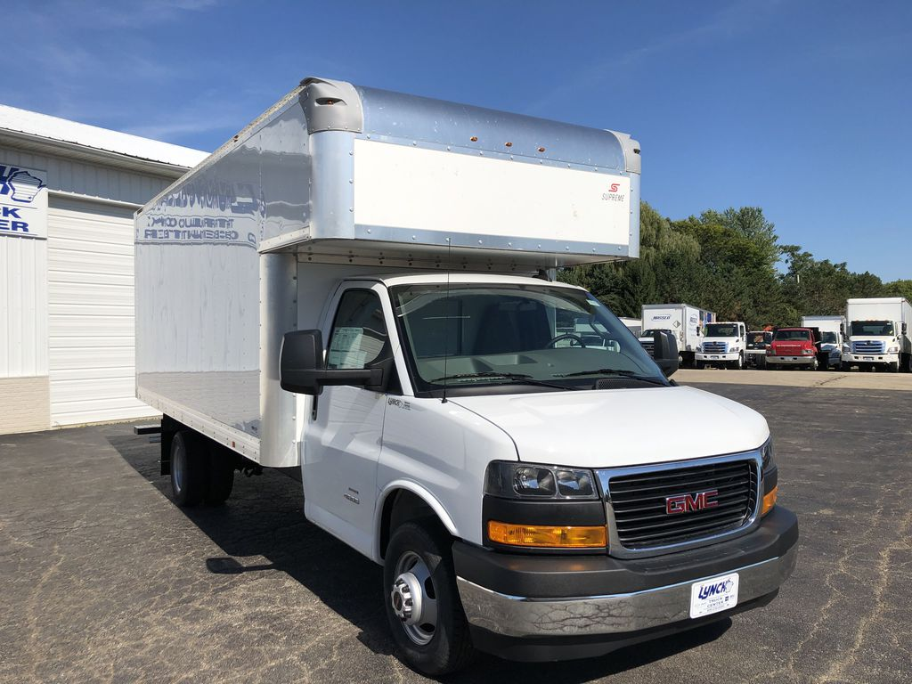 2019 Savana 4500 4x2, Supreme Iner-City Cutaway Van #22548T - photo 11