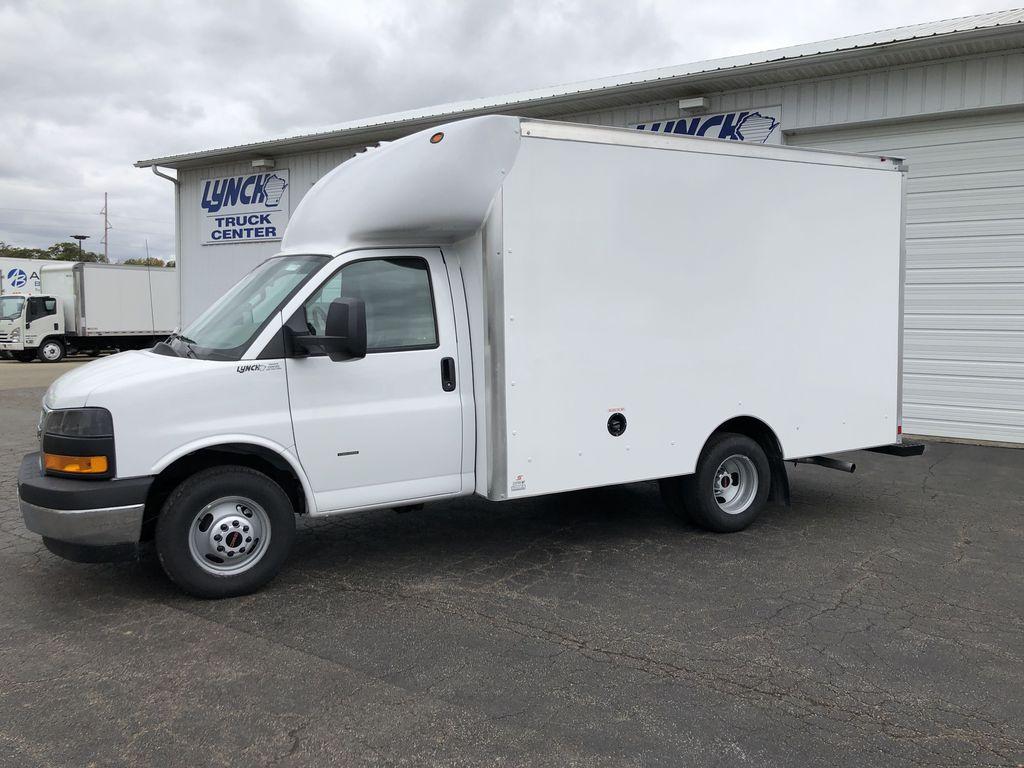 2019 Savana 3500 4x2, Supreme Spartan Cargo Cutaway Van #22683T - photo 4