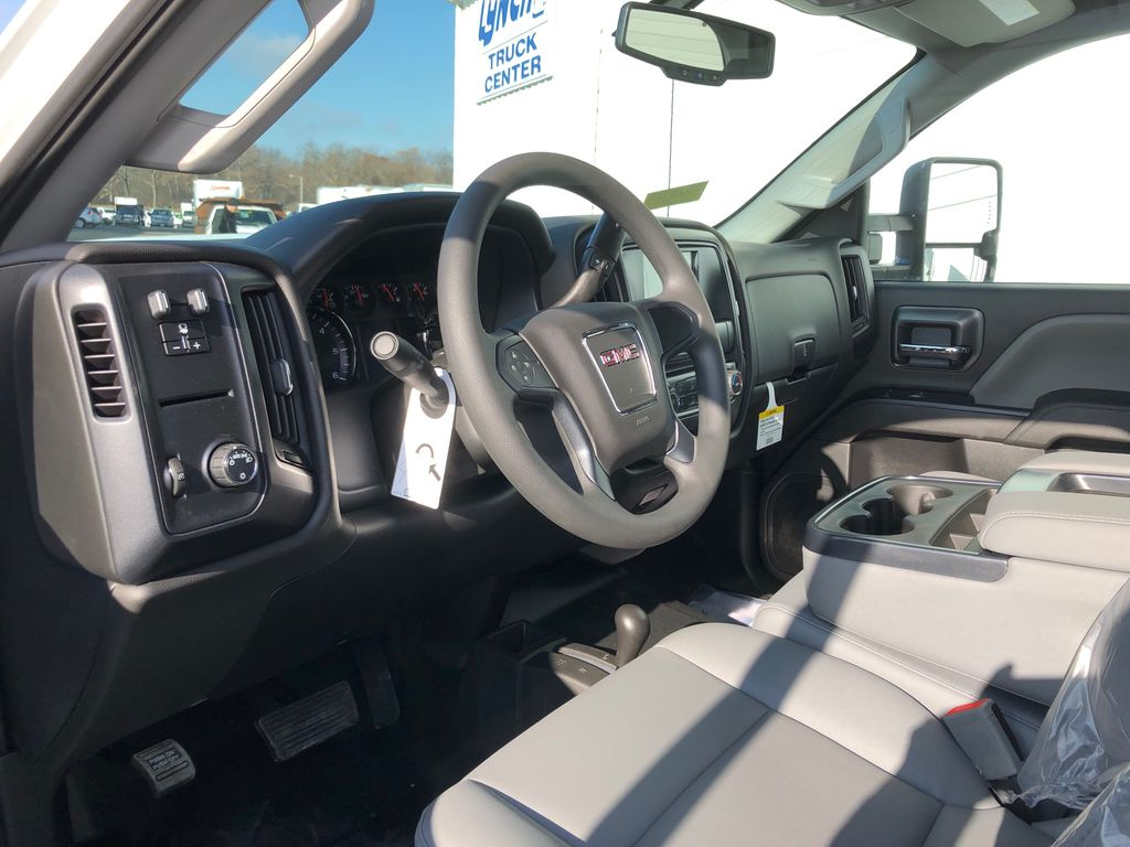 2019 Sierra 2500 Double Cab 4x4, Reading SL Service Body #22877T - photo 5