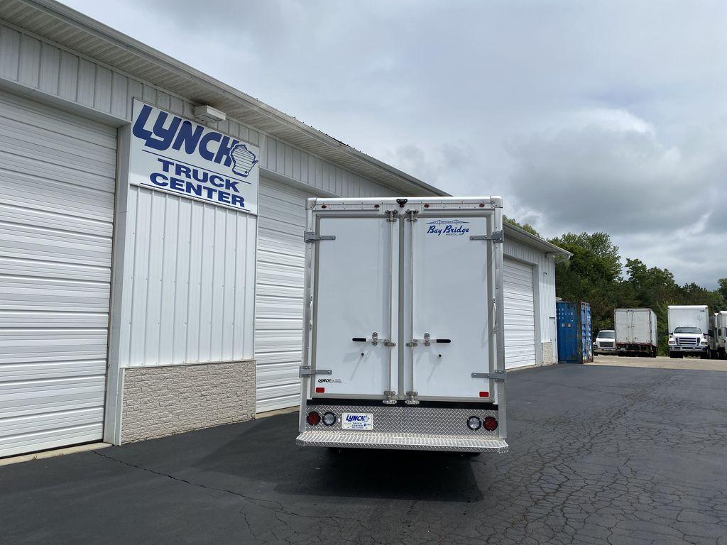 2020 GMC Savana 3500 RWD, Bay Bridge Sheet and Post Cutaway Van #22926T - photo 11