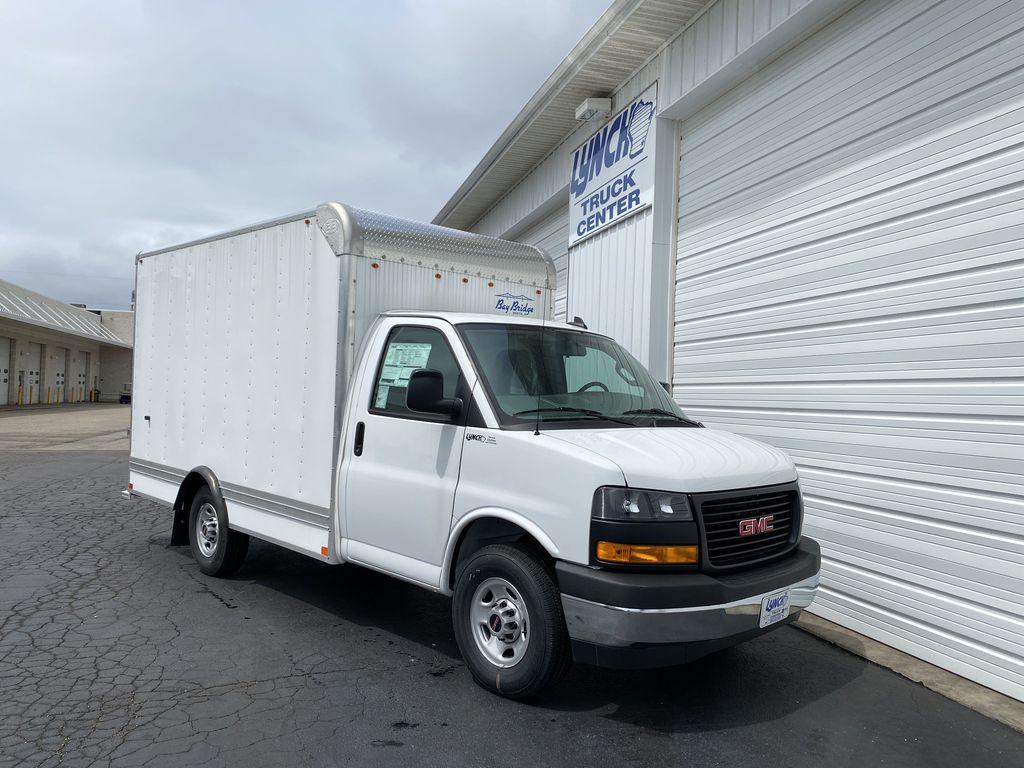 2020 GMC Savana 3500 RWD, Bay Bridge Sheet and Post Cutaway Van #22926T - photo 14