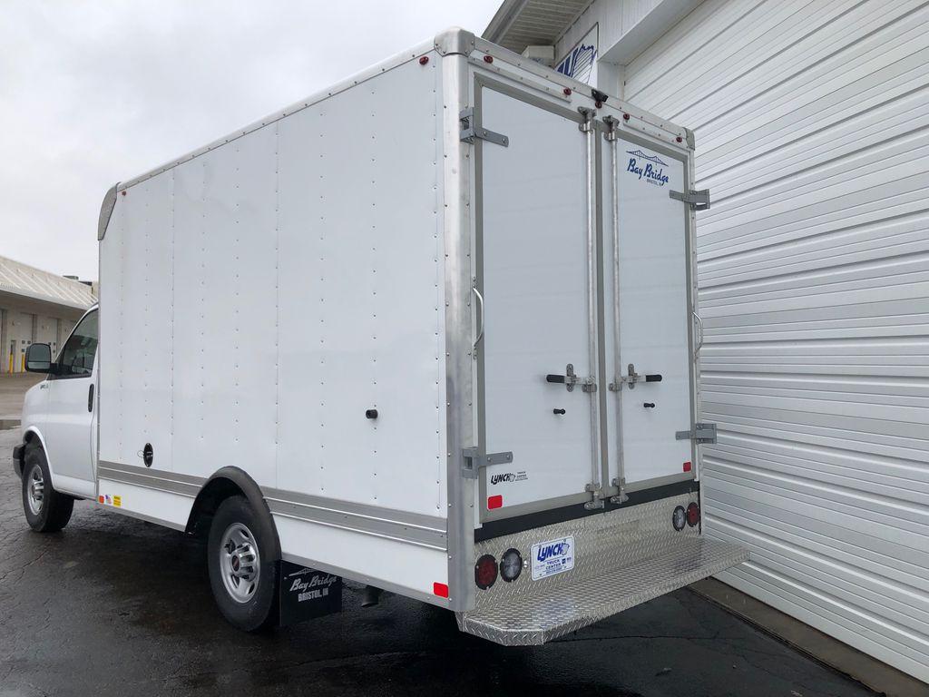2020 GMC Savana 3500 RWD, Bay Bridge Cutaway Van #22927T - photo 1