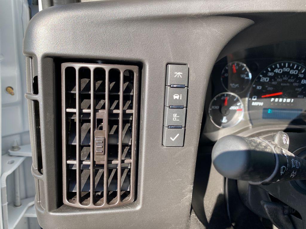 2020 GMC Savana 3500 4x2, Supreme Iner-City Dry Freight #22973T - photo 8