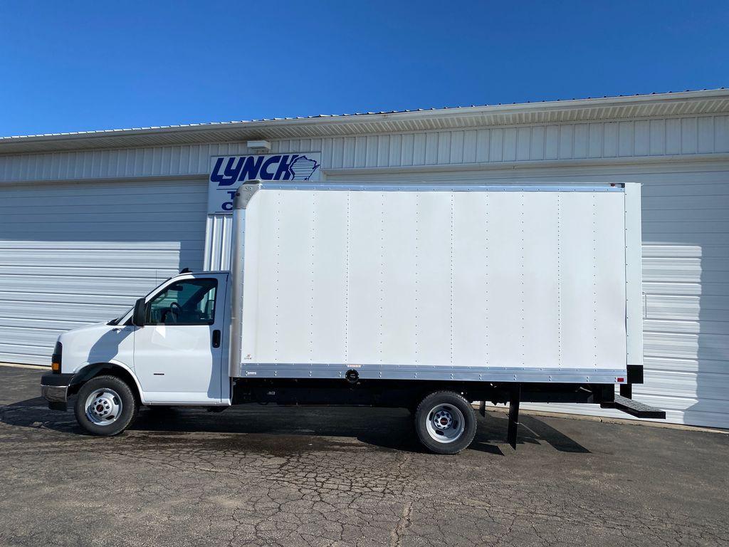 2020 GMC Savana 3500 4x2, Supreme Iner-City Dry Freight #22973T - photo 4