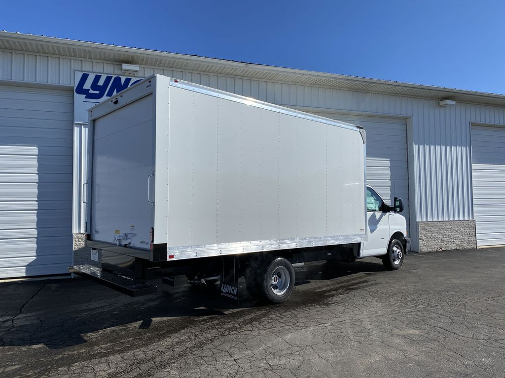 2020 GMC Savana 3500 RWD, Supreme Iner-City Dry Freight #22986T - photo 12