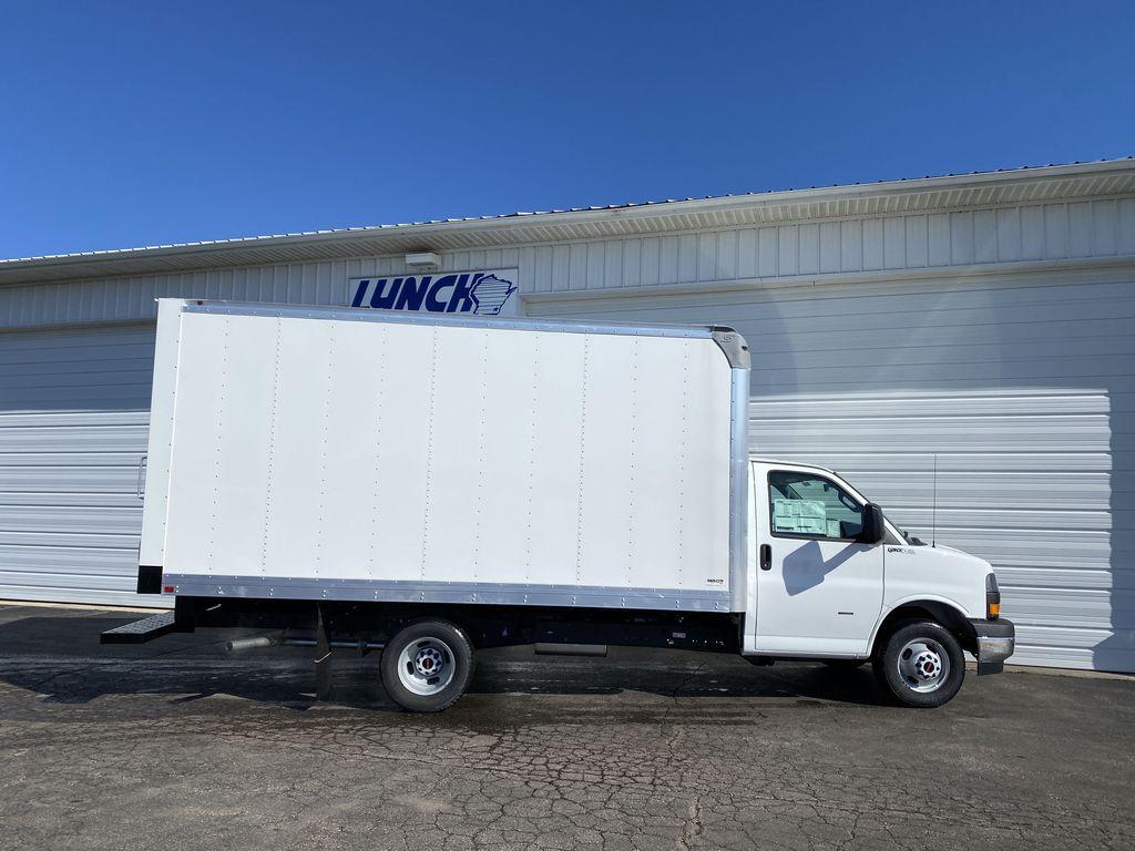 2020 GMC Savana 3500 RWD, Supreme Iner-City Dry Freight #22986T - photo 13