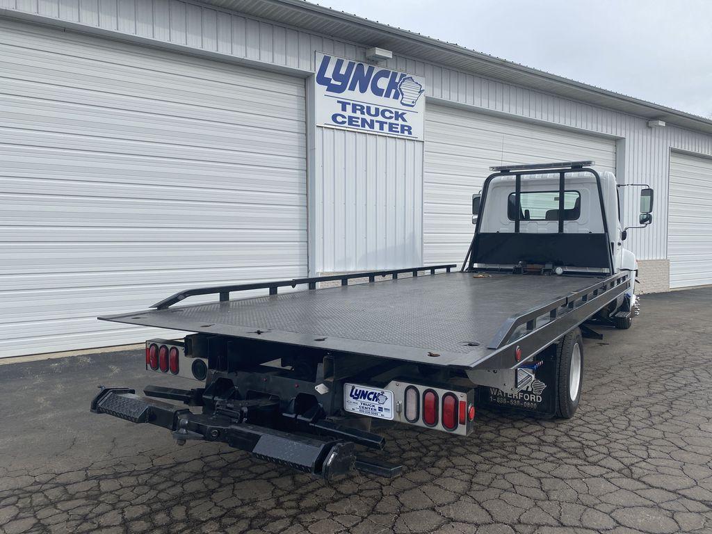 2018 Hino Truck Single Cab, Miller Industries Rollback Body #9332 - photo 1