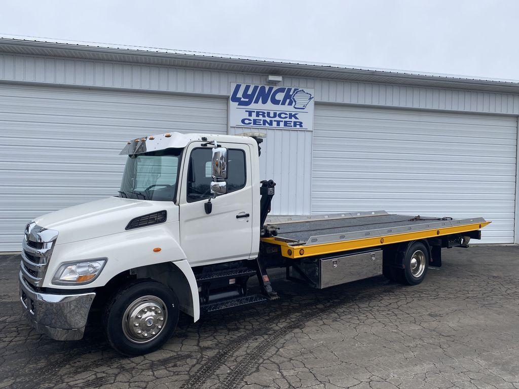 2013 Hino Truck, Rollback Body #9349 - photo 1
