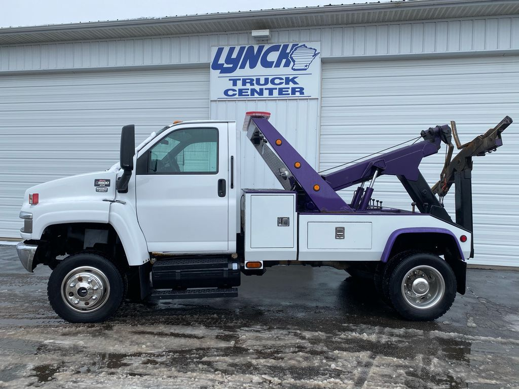 2008 GMC C5500 4x4, Wrecker Body #9363 - photo 1