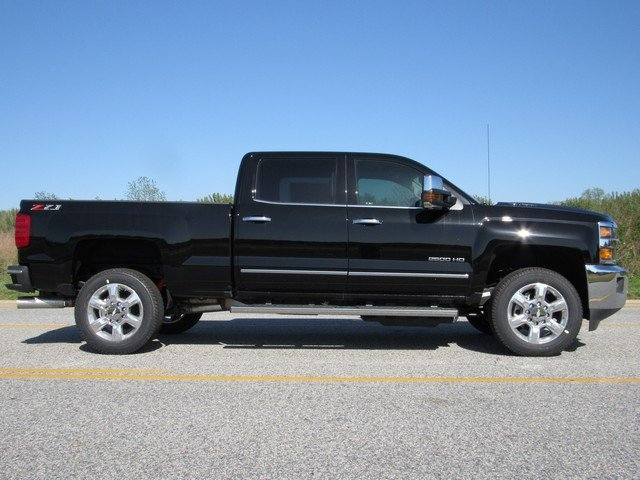 2018 Silverado 2500 Crew Cab 4x4,  Pickup #H4306 - photo 14