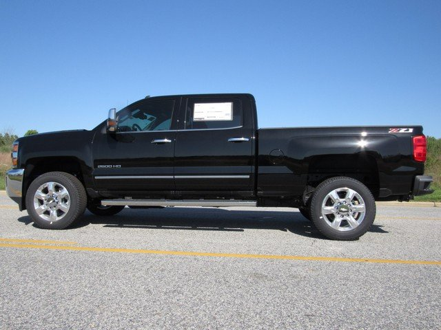2018 Silverado 2500 Crew Cab 4x4,  Pickup #H4306 - photo 6